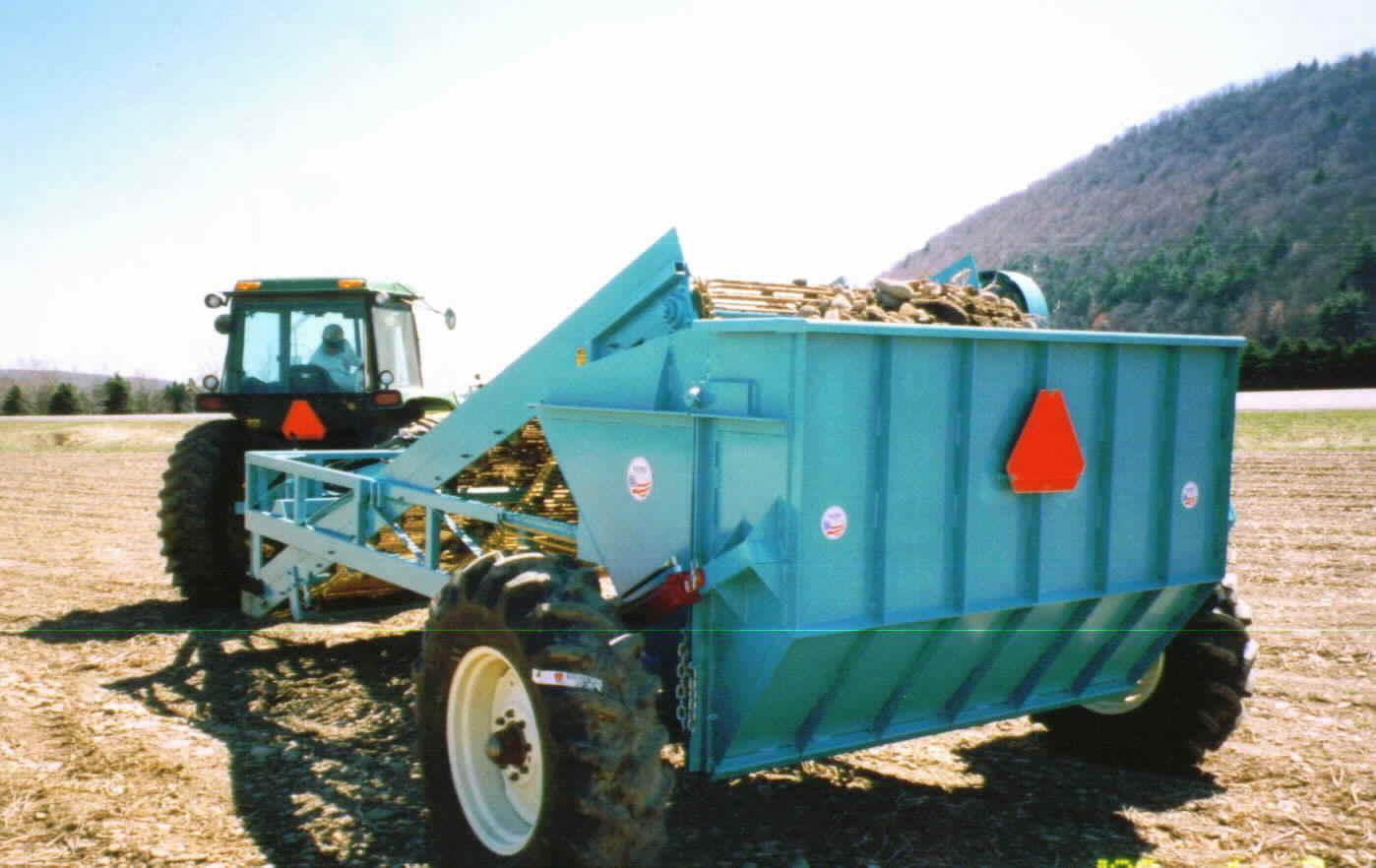 Rock Picking Machines : Rock picker hopper